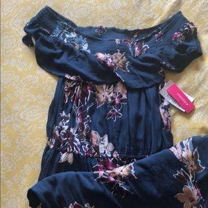 Xhilaration maxi dress with slit